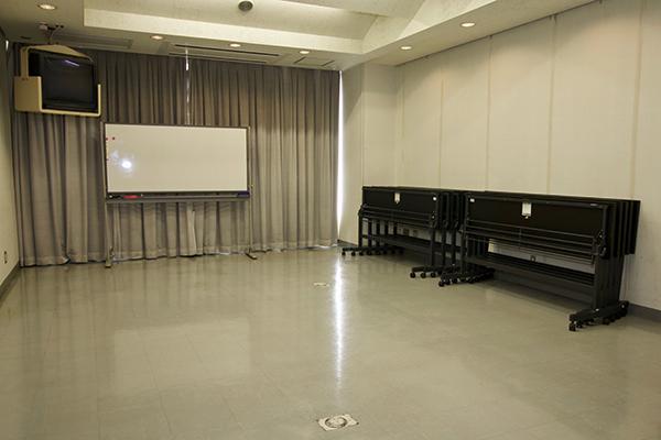会議室2(定員30 名)